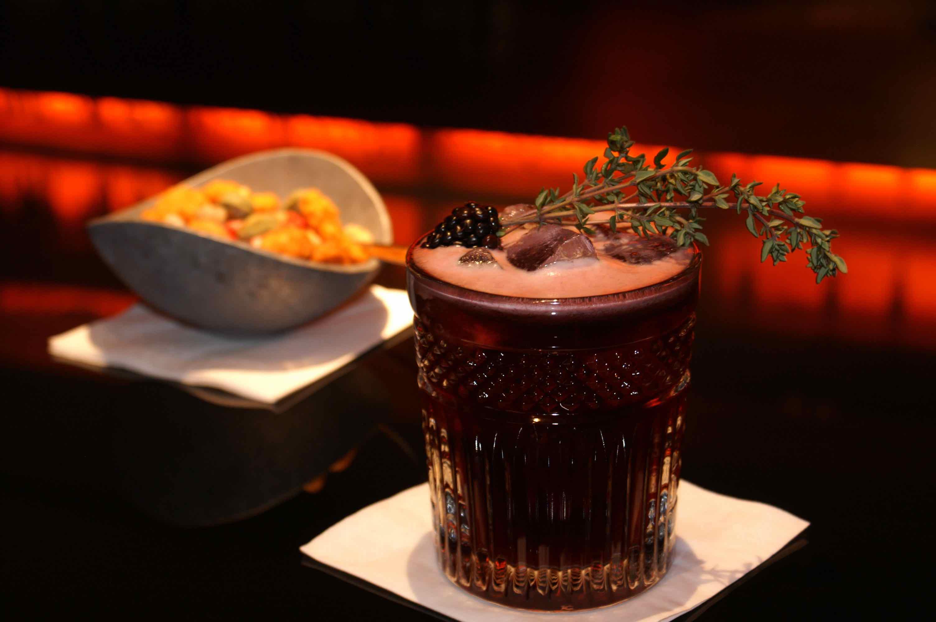 Harry\'s New York Bar: Legendäre Drinks im Kölner Ableger der ...