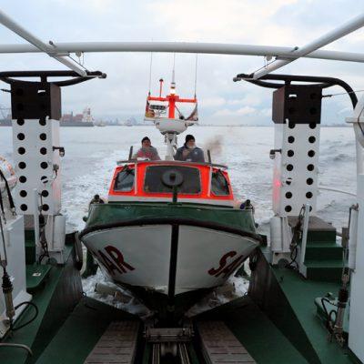 Das Tochterboot.
