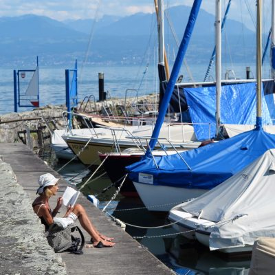 Entspannt am Hafen.
